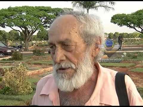 Corpo de adolescente morta em São Vicente-SP é enterrado em Uberlândia - parte 2