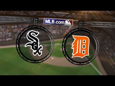 4/21/14: Danks' strong outing backed by three-run 7th