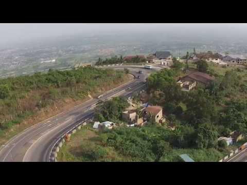 GHANA - Aburi road to Accra - DJI Phantom 2 vision plus