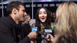 Noah Cyrus Talks Twinning With Miley at AMAs