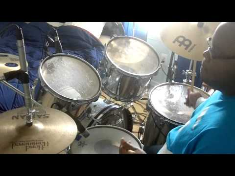 Reuben Wilson/ Kenny Garrett/ Rodney Jones/ JT Lewis - Scrapple From The Apple (Drum Cover)