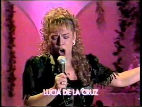 LUCIA DE LA CRUZ CANTA