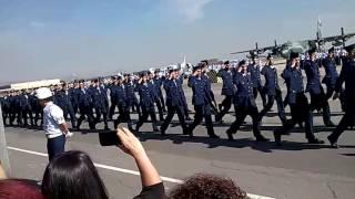 Força Aérea BAGL Formatura 1/16 Desfile em Continência a Bandeira Nacional