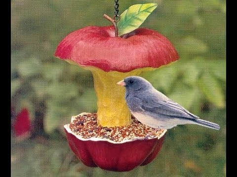 How To Make A Recycled Bird Feeder In 60 Seconds!