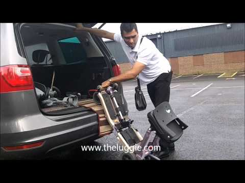 The Luggie Scooter - Lifting & Handling Demo