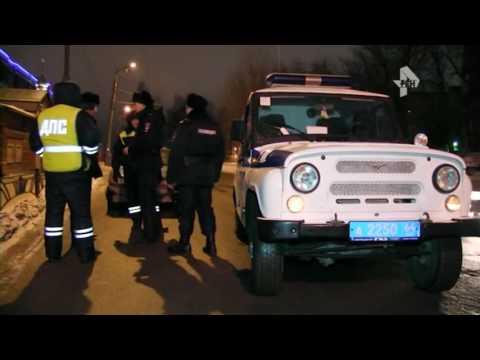 Пьяный водитель напал на полицейских в стиле верблюда в Саратове