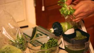 HOW TO MAKE GREEN JUICE DRINK with SUNFLOWER SPROUTS, PEA SPROUTS, CUCUMBERS & CELERY w/ HAND JUICER