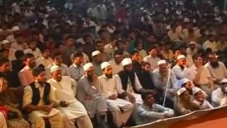 A Girl Crying and Question Of Maulana Tariq Jameel Sahib Most Emotional Bayan