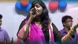 Live gujarati garba song - Navratri 2015 - Rita Dave - Part - 3 ( Dual Voice Singer )
