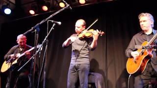 Oleg Ponomarev A Stallet Världens Musik