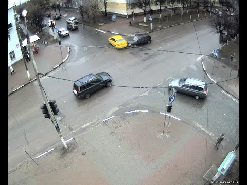 ДТП в Серпухове. Жёлтый на красный... 22 декабря 2015г.