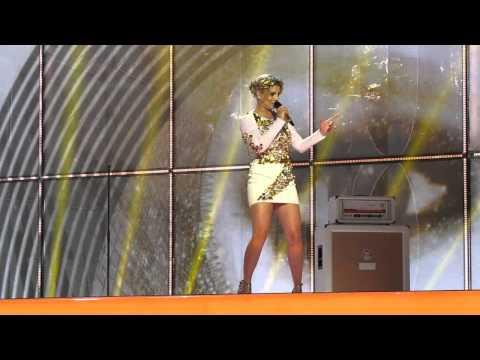 ESCKAZ in Copenhagen: Emma Marrone (Italy) – La mia città (2nd rehearsal)