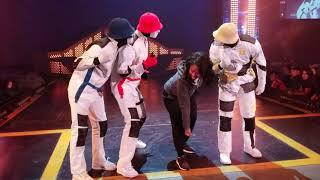 I DANCED WITH THE JABBAWOCKEEZ...AGAIN! #Jabbawockeez 😱