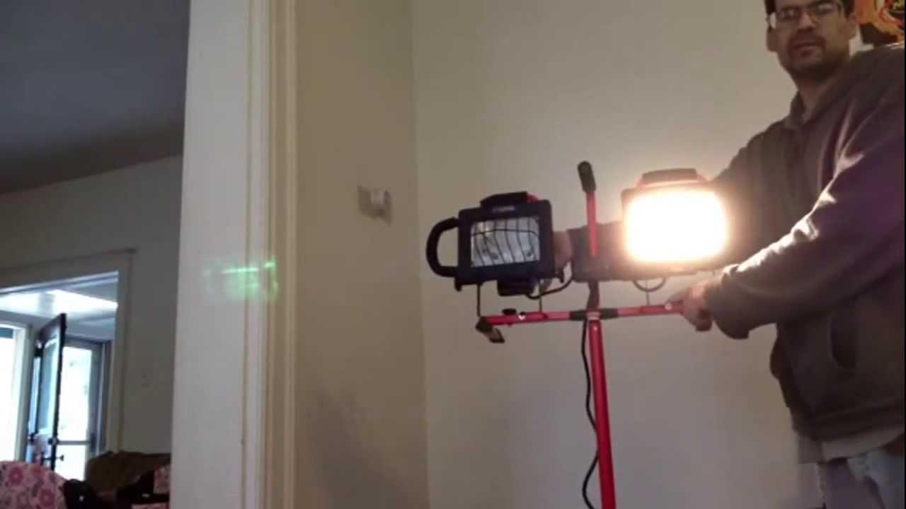 craftsman halogen worklight with tripod youtube. Black Bedroom Furniture Sets. Home Design Ideas