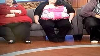 2 bbw squashing skinny girl farting