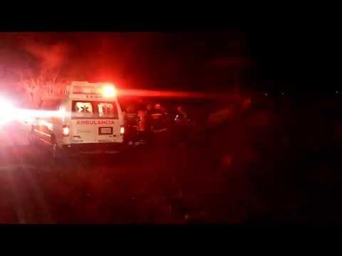 Volcadura deja tres mujeres lesionadas
