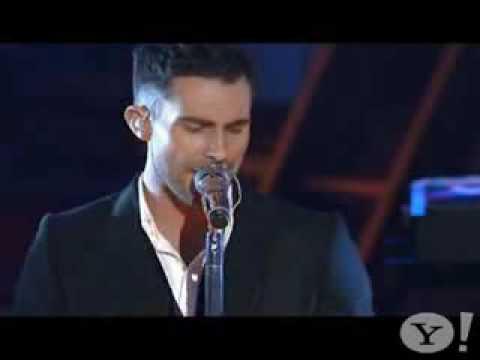 Maroon 5 - Makes Me Wonder Live