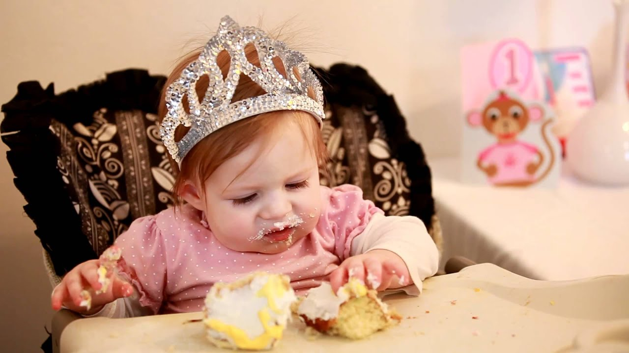 Baby Eating Birthday Cake After Burning Finger - YouTube