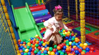 Indoor Playground for Kids - Balls and Slides