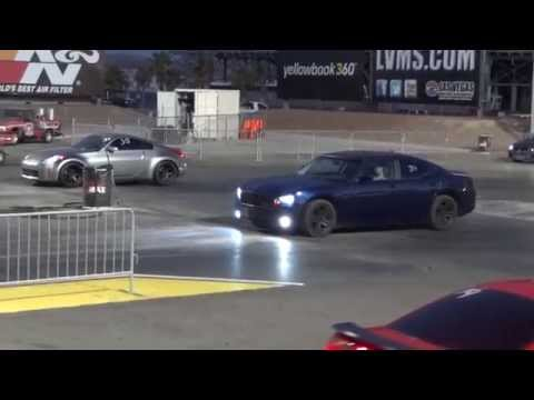 2008 Dodge Charger vs 2005 Nissan 350z