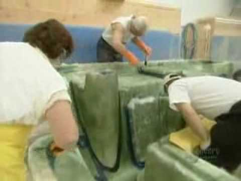 How It's Made: Fiberglass Boats