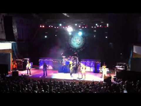 Whitesnake Enschede 3-12-2011 (4) With Adrian Vandenberg