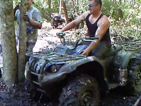 4Wheelers Churning Mud