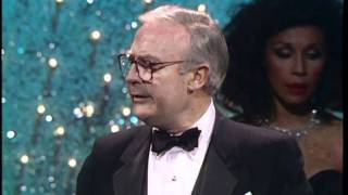 Edward Woodward Wins Best Actor TV Series - Golden Globes 1987