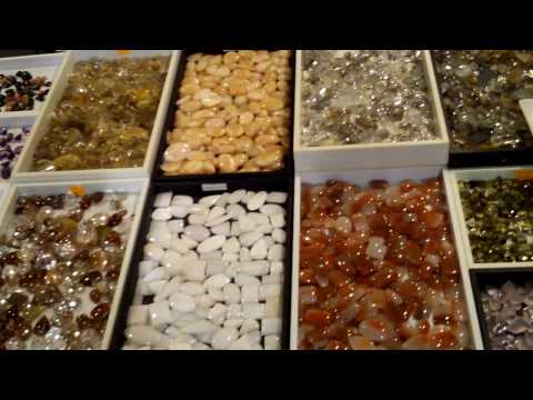 Colburn Earth Science Museum Gem and Mineral Exhibit 12.MOV