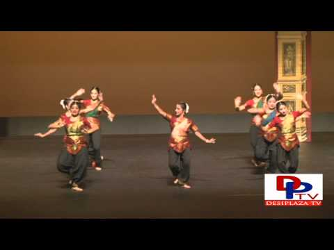 """Malari""  Beautiful Bharatanatyam Dance by Aarthi School of Dance at Ekal ""Maa Tumhe Pranaam""2012"
