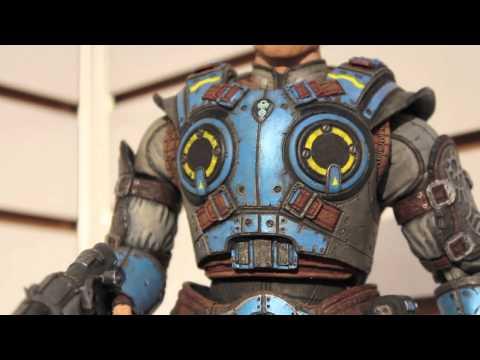 Toy Fair 2013 NECA Display! Batman. Avengers. Gears Of War Judgement. Aliens. Portal & More!