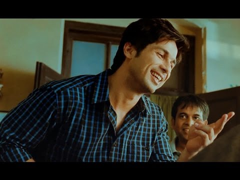 Shahid Kapoor Is A Bollywood Fan - Phata Poster Nikhla Hero