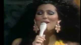 Watch Cher Gypsies Tramps And Thieves video