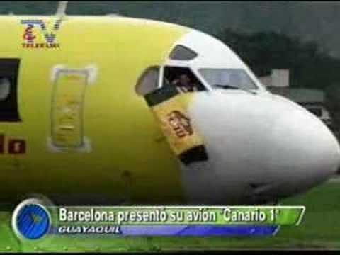 Presentan avion de Barcelona