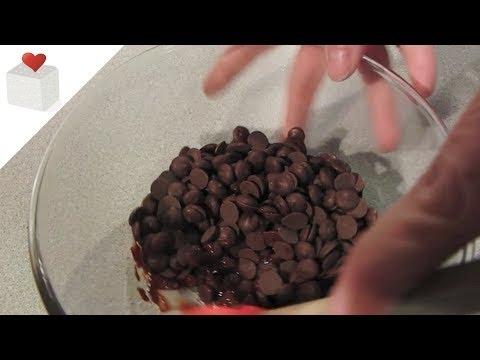 Cómo hacer Chocolate Moldeable paso a paso   Trucos para Fondant por Azúcar con Amor