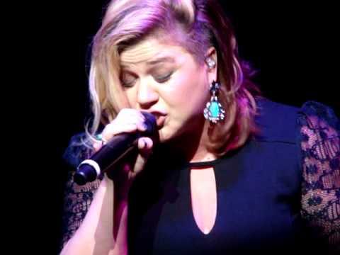 catch My Breath - Kelly Clarkson (buffalo, Ny) video