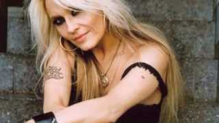 DORO - Babe I'm Gonna Leave You (OFFICIAL SONG)