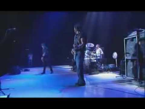 Gary Moore - Parisienne Walkways live