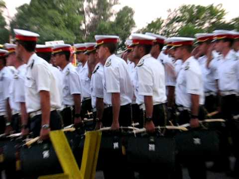 Cadetes saliendo franco colegio militar de la nacion argentina