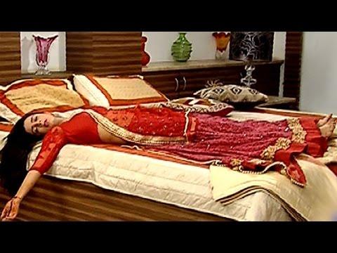 Roshni Cuts Her Wrist In 'Sasural Simar Ka' |  #TellyTopUp