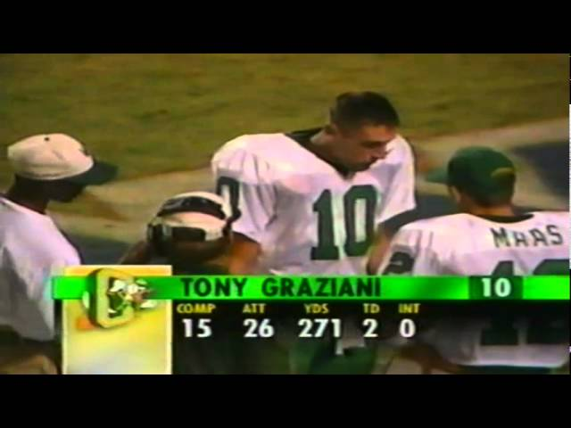 Oregon QB Tony Graziani throws to WR Damon Griffin for a 25 yard gain vs. FSU 8-31-96