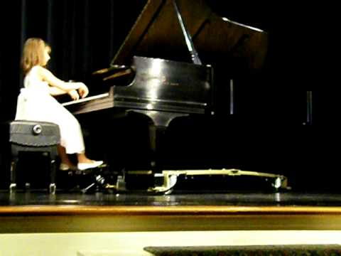 "EMILY BEAR - 7 years old - plays ""Northern Lights"" -- an Original Piano Composition"