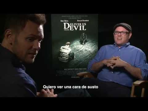 Joel McHale habla sobre Deliver Us From Evil con Alex Medela