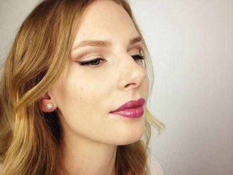Winged Eyeliner mit lila Lippenbalsam l Make-up Tutorial