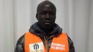 Mbaye, sentinella dei rifiuti a Porta Palazzo