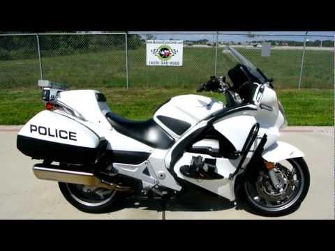 St1300 Honda Review 2009 Honda St1300 Police