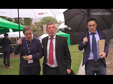 David Blunkett tricked by BBC's Heydon Prowse in TV prank (20160628) - Exclusive Video