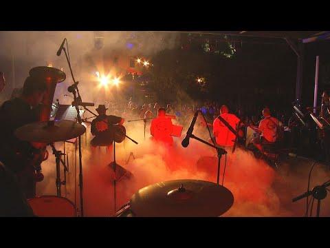A DWG zenekar koncertje a White Stones Brass Band közreműködésével