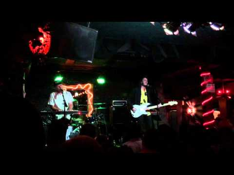 Music video Wildcat! Wildcat! - Mr. Quiche (Live at Bottom of the Hill) - Music Video Muzikoo
