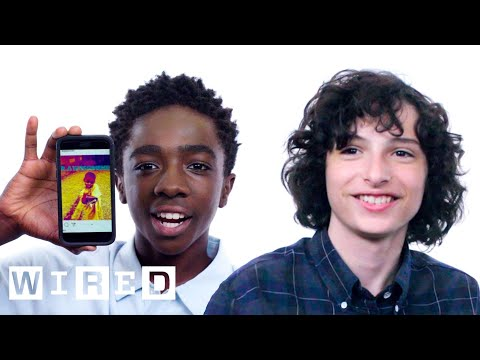 Stranger Things Cast Show Us the Last Thing on Their Phones | WIRED